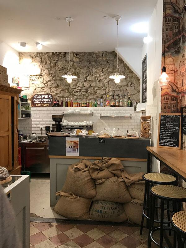 Cafes debout Marseille
